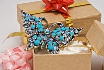 Бижутерия в подарок